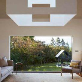 Deloia private home with glass corridor connecting the courtyard Salmela