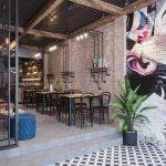 Restaurant & coffee scene 26